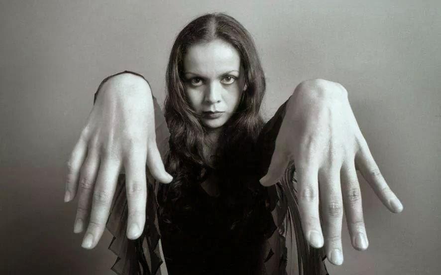 Rita manos
