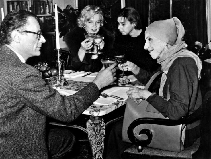 Con Marilyn, Carson y Miller