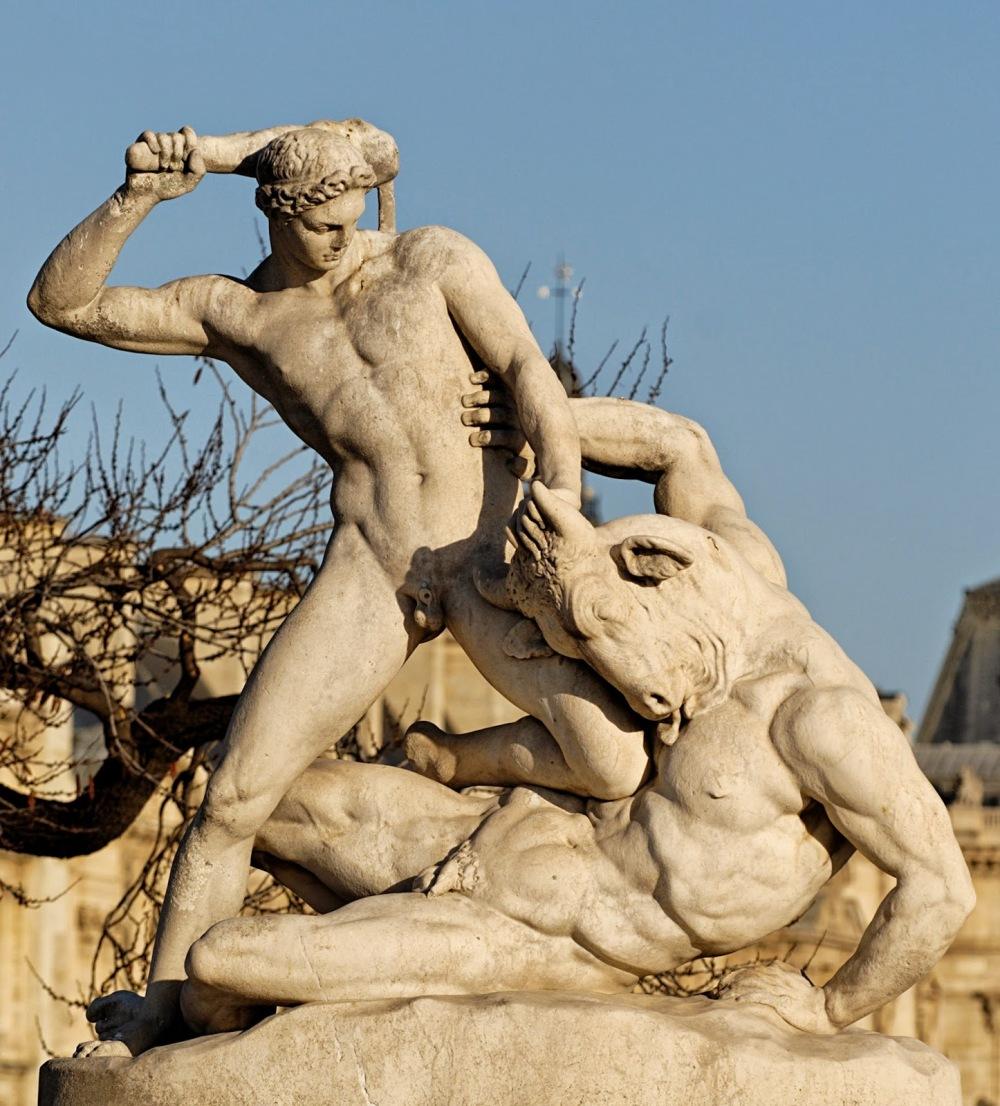 thc3a9sc3a9e-et-le-minotaure-par-c3a9tienne-jules-ramey-franc3a7ais-1796-1852-marbre-1826-jardins-des-tuileries-paris-1896