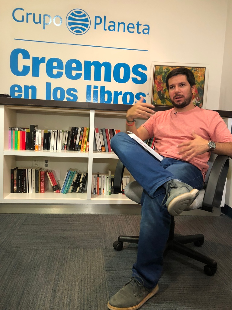Renato vertical